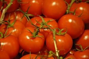 tomate n hrwerte tomaten kalorien tomate wasser kohlenhydrate kalorien guru. Black Bedroom Furniture Sets. Home Design Ideas