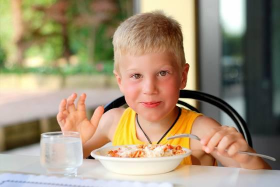 kinder gesundes essen was kinder essen sollten essen f r kinder kalorien guru. Black Bedroom Furniture Sets. Home Design Ideas